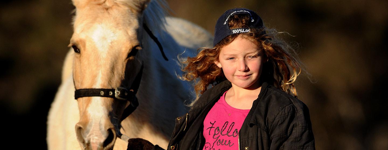 horse-n-girl